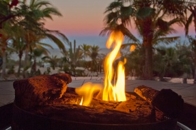Outdoor dining with fire pit